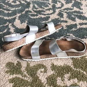 Old Navy Shoes - Old Navy cute silver sandals